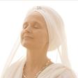 Mír skrze posvátné zpěvy se Snatam Kaur