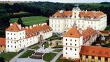 Svatební veletrh v zimní jízdárně zámku Valtice