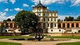Prohlídky interiérů pro opozdilce na zámku Ploskovice