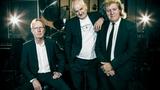 JCM - Jon Hiseman, Clem Clempson & Mark Clarke vydávají první studiové album Heroes. V Praze ho představí v Lucerna Music Baru
