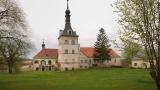 Zámek Uherčice s krásnými zahradami a anglickým parkem