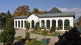 Zámek Raduň - nádherná stavba a obnovená oranžérie s okrasnou zahradou