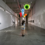 Komentovaná prohlídka výstavy CHIHULY – LIBENSKÝ – BRYCHTOVÁ