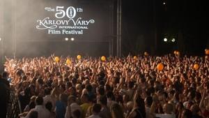 Karlovarský festival KVIFF zahájí opět velký koncert před Thermalem