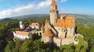 Silvestr na hradě Bouzov
