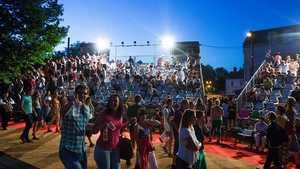 Divadelní léto pod plzeňským nebem 2017
