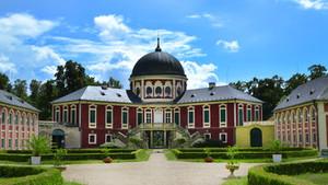 Slavnost růží na zámku Veltrusy-Ostrov