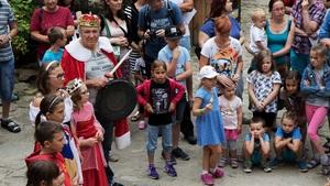 Týden princů a princezen za účasti známé filmové princezny Sabiny Laurinové