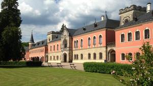 Procházka česku operetou - oranžerie na Sychrově