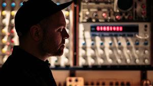 DJ Shadow se vrací do Prahy