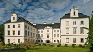 Zahradní slavnost her - zámek Vizovice