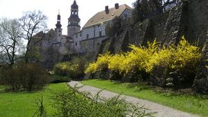 Pokoje vévody Kuronského po setmění na státním zámku v Náchodě