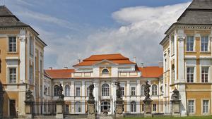 Setkání přátel vozů Citroën na zámku Duchcov