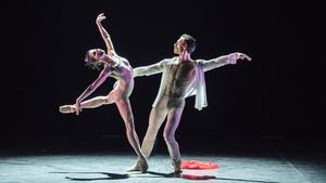 Baletní star Sergei Polunin přidává pro velký zájem další dvě představení