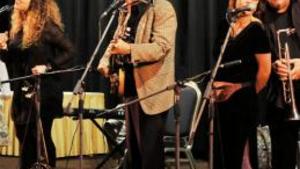 IVAN MLÁDEK A JEHO BANJO BAND: Ivan Mládek a jeho Banjo Band - Divadlo Bez zábradlí