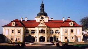 Státní zámek Nebílovy, AKT - černobílé fotografie