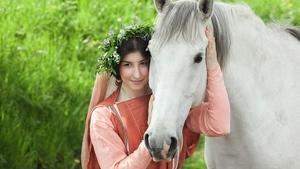 Nahlédněte do svatebních zvyklostí dávné minulosti