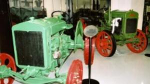 Jede traktor - sbírka zemědělské techniky Národního zemědělského muzea