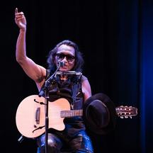 Legendární Sugar Man Rodriguez zavítá v létě na Rock for People