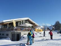 Harrachov – středisko zimní zábavy pro každého. Pro rodiny s dětmi i partu kamarádů
