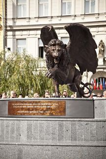 Free Czechoslovak Air Force Associates bojuje proti úsilí pražského odboru památkové péče o odstranění Okřídleného lva