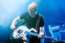 Do Prahy přijíždí Adrian Belew, bývalý frontman King Crimson a dlouholetý kytarista Davida Bowieho či Franka Zappy
