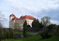 Výstava současného umění na zámku Valeč