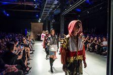 Módní show WE'RE NEXT představí i letos tvorbu mladých návrhářů z Česka i zahraničí