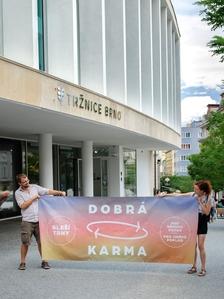 Dobrá karma, bleší trhy, 5. brněnská epizoda - poprvé na Zelňáku