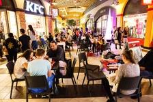 Centrum Freeport čeká nákupní událost roku. Late Night Shopping nabídne až osmdesátiprocentní slevy