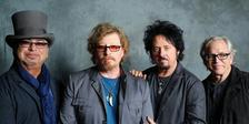 Toto: 40th Anniversary Tour ve Forum Karlín
