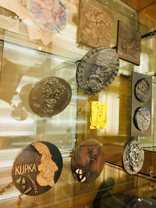 V pražském Národním technickém muzeu byla otevřena nová výstava o medailérství!