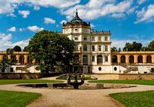 Velikonočně vyzdobené interiéry na zámku Ploskovice