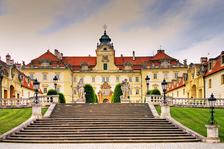 Slavnostní  barokní  ohňostrojná  iluminace na zámku Valtice