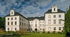 Sobota v historických oděvech na zámku Vizovice
