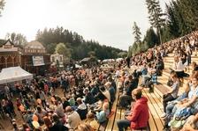 Největší rodinný festival BLUE STYLE PRIMA FEST roztančí zábavní areál Šikland na Vysočině už potřetí