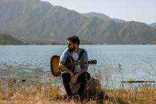 Procítěné písně a pomoc lidem bez domova: Passenger se vrací s aktuálním albem