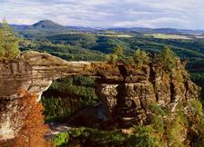 Národní přírodní památka Pravčická brána - výlet tradiční cestou z Hřenska přes Pravčickou bránu na Mezní Louku