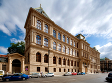 Uměleckoprůmyslové museum se otevírá 26. 5.